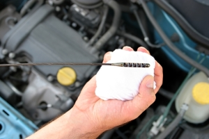 Oil Change Long Beach, CA 90805 - How often should I have my oil changed? Should I use regular oil or synthetic oil?